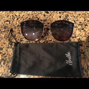 NWOT Abella sunglasses